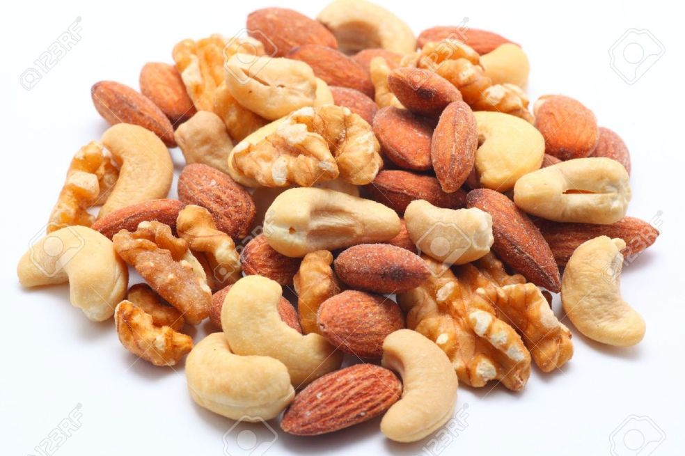 11904386-Mixed-nuts-on-white-background-Stock-Photo-mix.jpg